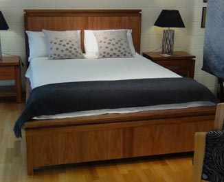 Pfitzner Richmond-Bed Queen size Blackwood