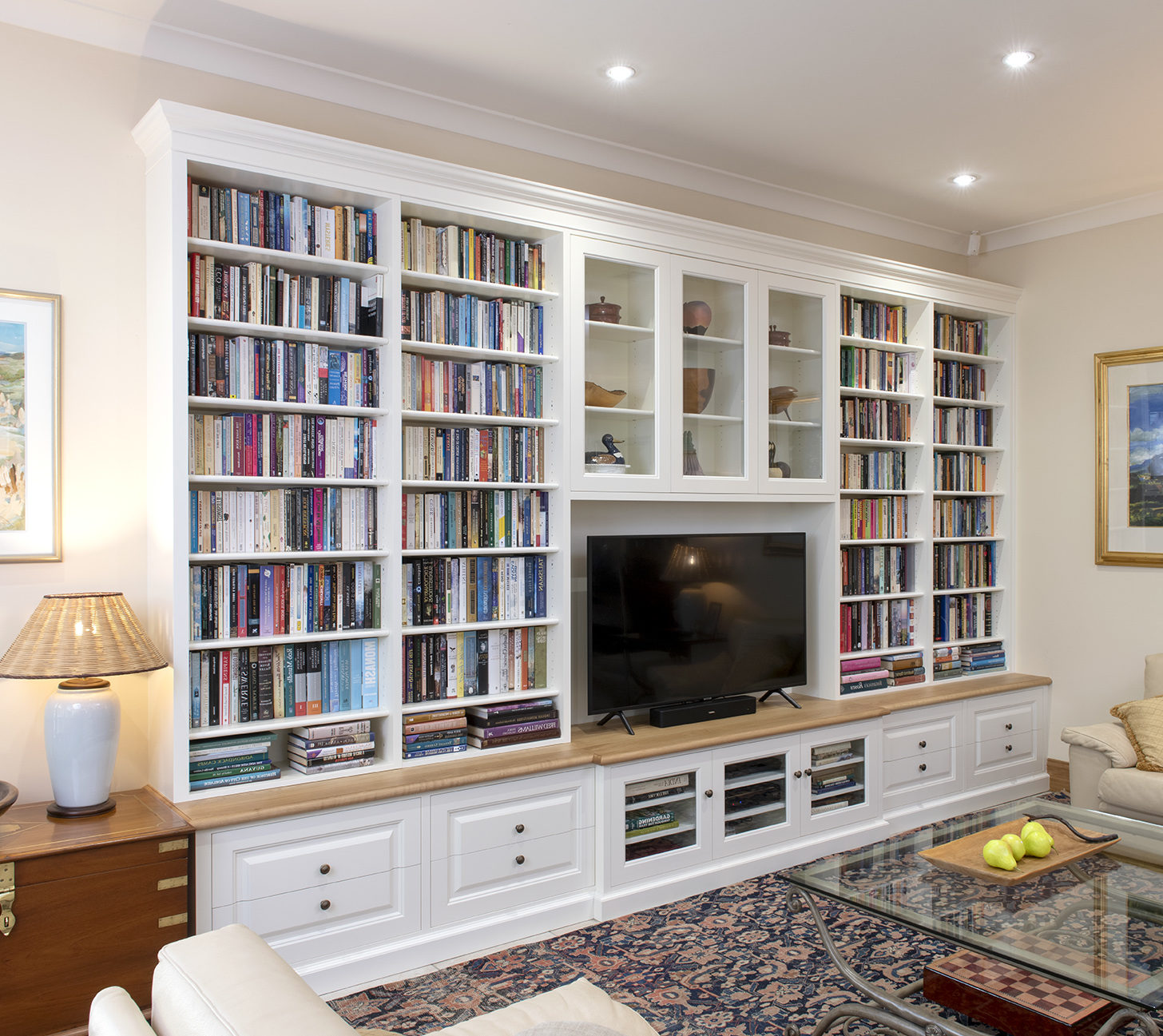Custom entertainment book shelf 4.4m