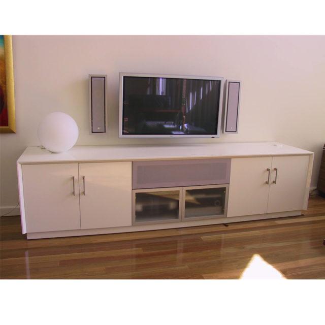 Custom Gloss white entertainment cabinet 2700w