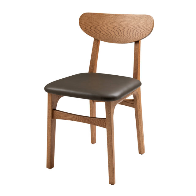 Dan chair front view - USA oak - Upholstered seat