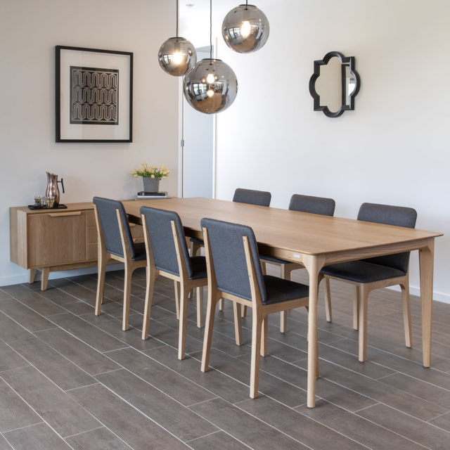 Dan USA oak Dining table and chairs