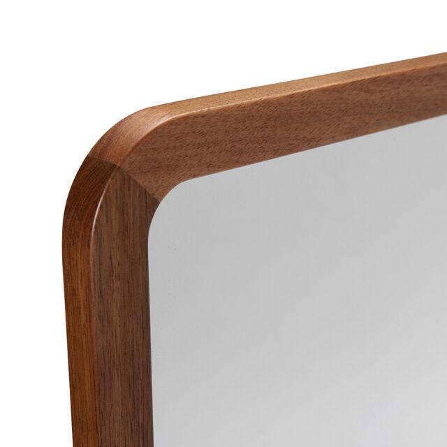 Dan timber frame Mirror - Large close up corner detail