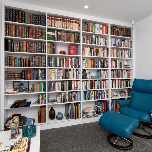 adjustable book shelves_Built in 3.0m x 3.0m